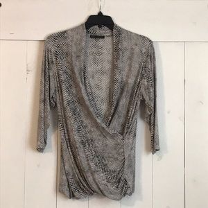 Snake print 3/4 sleeve drape front top
